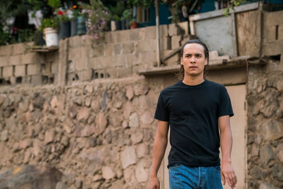 'Fear the Walking Dead' Recap 2×12: A Gringo With Ratty Hair