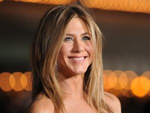 Jennifer Aniston was seen checking out the stunning Gramercy Park co-op.