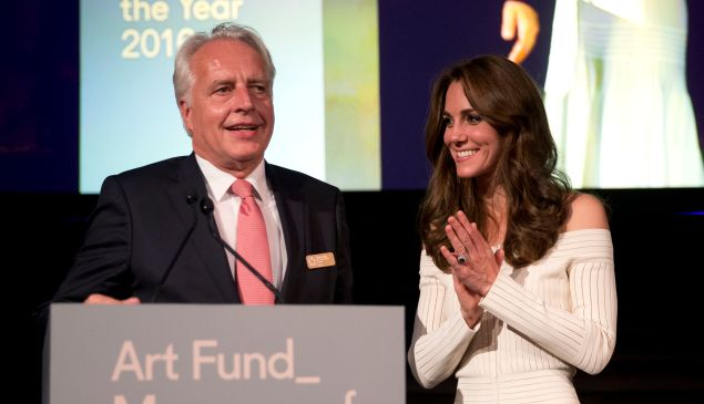 LONDON, ENGLAND - JULY 07: Catherine, Duchess of Cambridge applauds Germany's Martin Roth the Director of the Victoria and Albert Museum as he speaks on stage in his capacity as the representative of the winner of the Art Fund Museum of the Year 2016 prize at the Natural History Museum on July 6, 2016 in London, United Kingdom. The Art Fund Museum of the Year prize is awarded annually to one outstanding museum which has shown exceptional imagination, innovation and achievement in the preceding year.