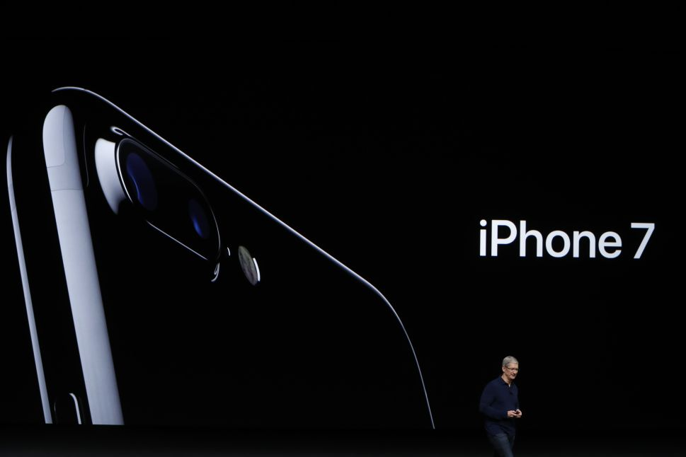 Steve Jobs Is Turning in His Grave Thanks to Denmark's iPhone 7 Grand Opening