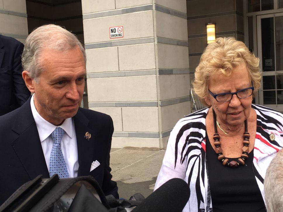 PNJ Poll: Should Wisniewski and Weinberg Re-open the Bridgegate Investigation?