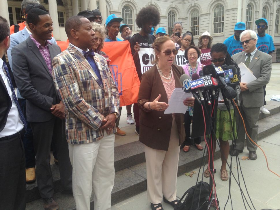 Pols, Activists Demand NYPD Release Record of Cop in Eric Garner Case