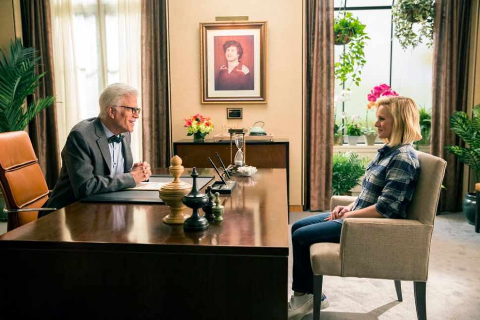 'The Good Place' Hilariously Breaks the Comedy Mold
