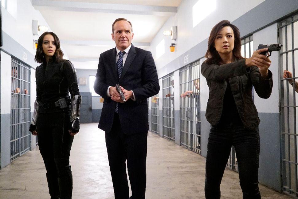 'Marvel's Agents of S.H.I.E.L.D.' Recap 4×05: Jailhouse Rock