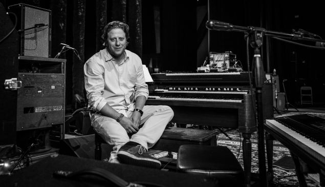 Peter Shapiro onstage before Phil Lesh's first of two Coney Island shows