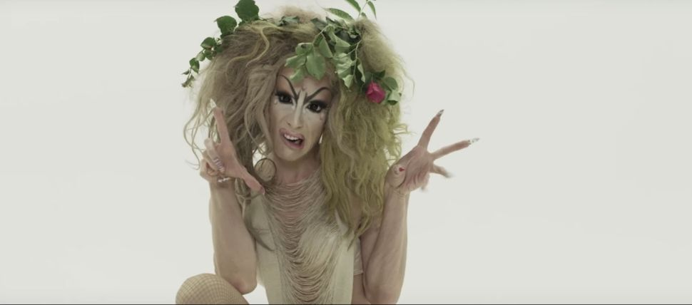 'RuPaul's Drag Race All Stars' Interview: Alaska's Makeup Is Terrible