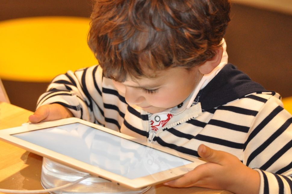 How Should We Teach Our Kids to Use Digital Media?