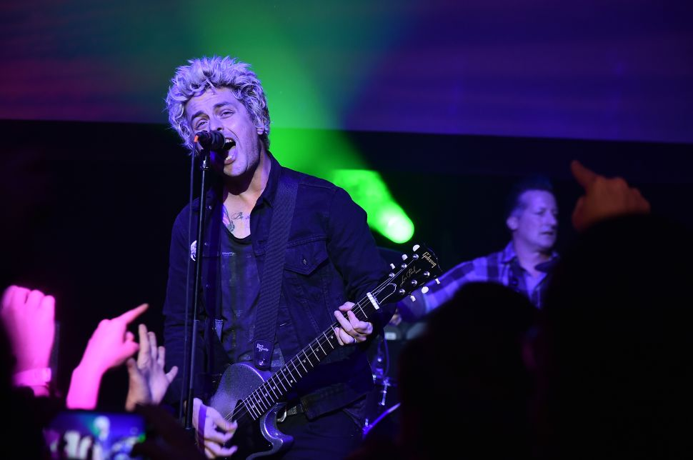 Billie Joe Armstrong Talks 'Ordinary World' and Trashing Hotel Rooms Middle Age Style
