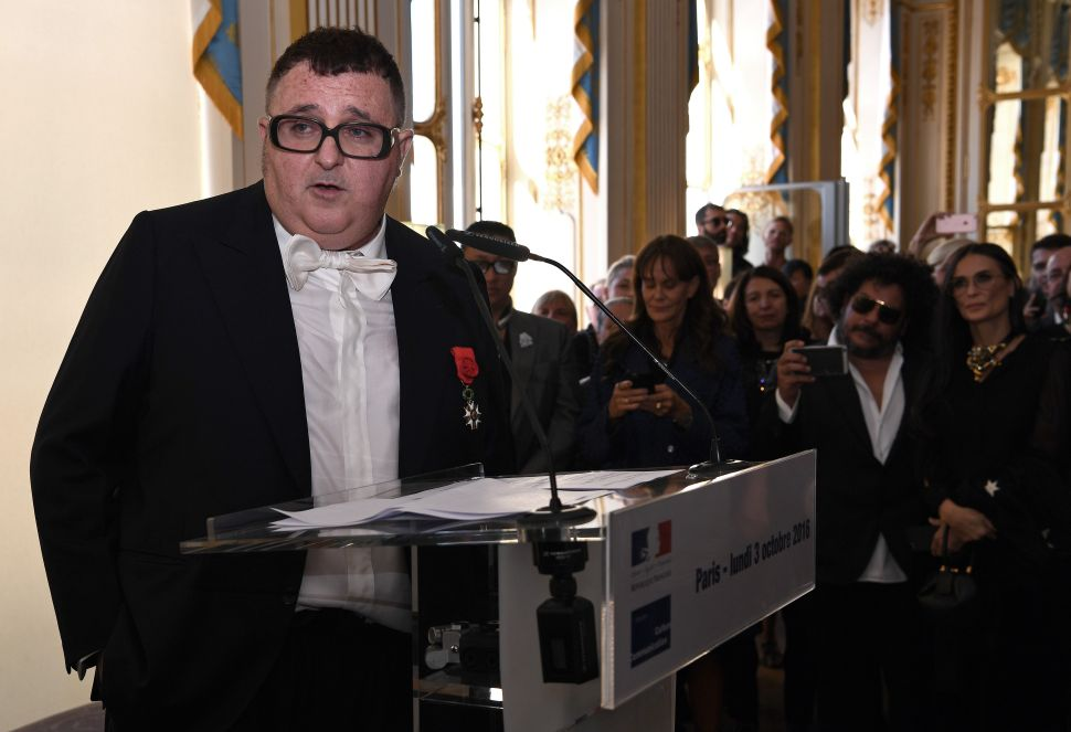 Alber Elbaz Stages a Comeback, While Justin O'Shea Leaves Brioni