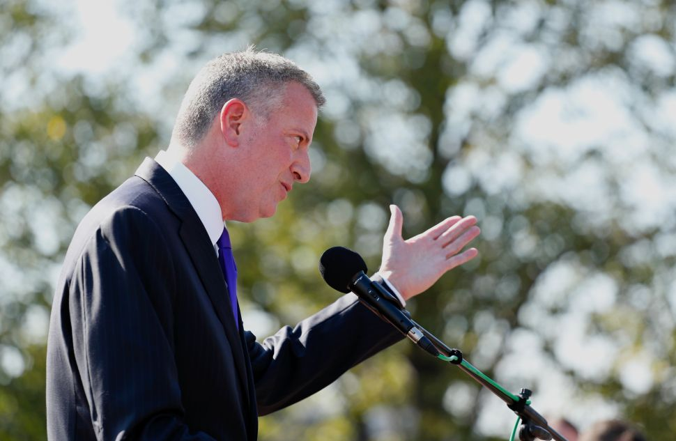 De Blasio Now Thinks Clinton's Platform Lacked Progressive Economic Bona Fides