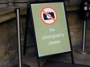 Westminster Abbey doesn't want you to take any selfies