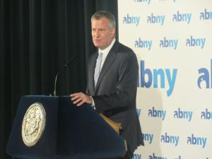 Mayor Bill de Blasio speaks at the Association for a Better New York breakfast.