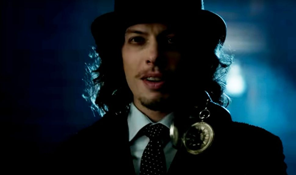 'Gotham' Reference Guide 3×03: Go Ask Alice