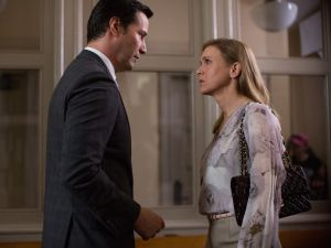 Keanu Reeves and Renee Zellweger in The Whole Truth.