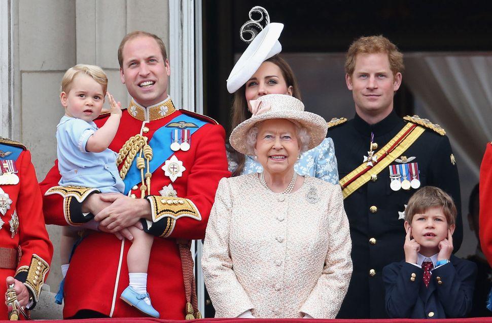 Buckingham Palace Needs $456M Renovations; The Obamas May Be Bicoastal