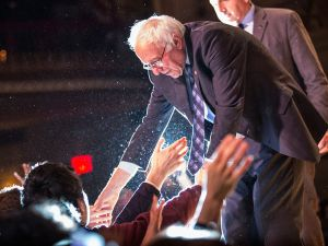 NEW YORK, NY - JANUARY 05: Democratic presidential candidate Sen. Bernie Sanders (I-VT) shakes hands with supporters after outlining his plan to reform the U.S. financial sector on January 5, 2016 in New York City. Sanders is demanding greater financial oversight and greater government action for banks and individuals that break financial laws. (Photo by Andrew Burton/Getty Images)