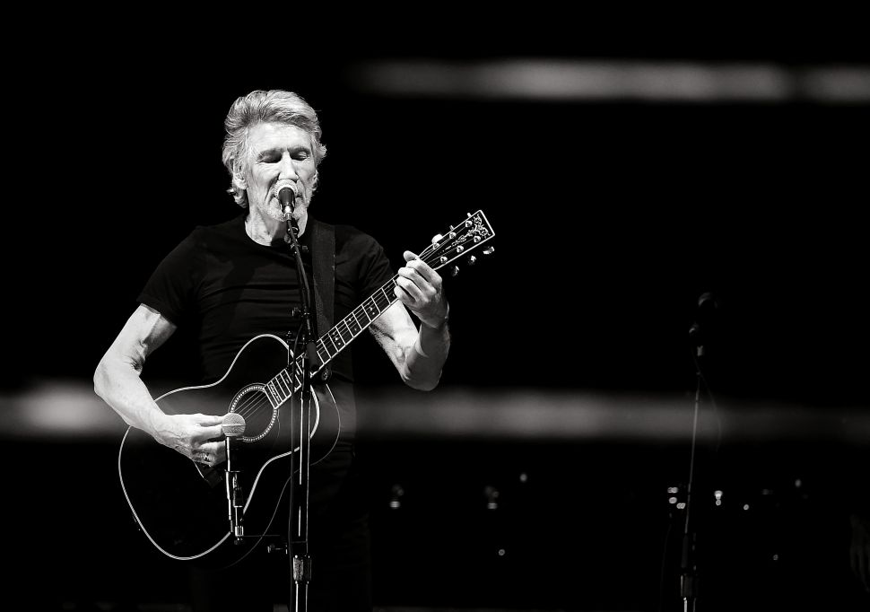 Hurrah to American Express for Dumping Roger Waters for Anti-Israel Bias