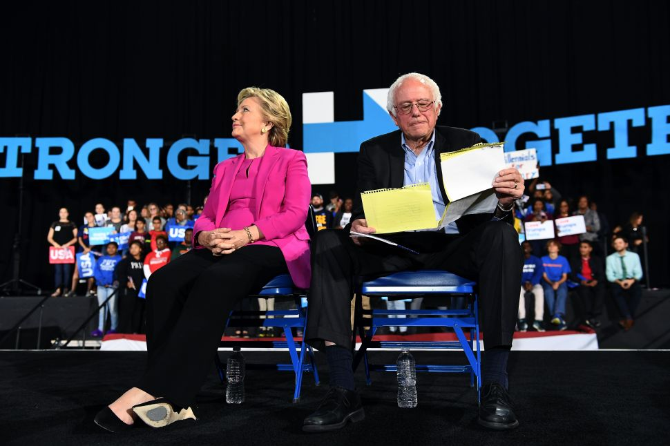 Email Reveals Clinton Camp Spied on Sanders Delegates Before Convention