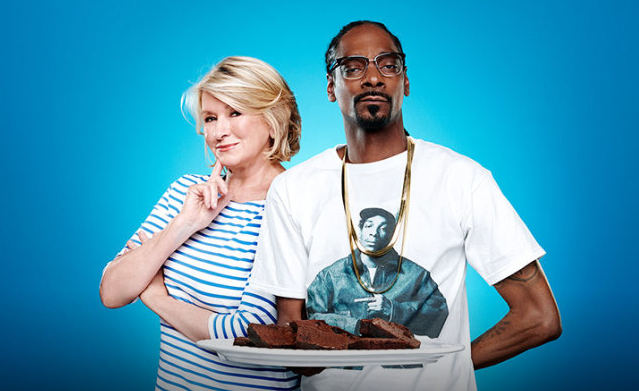 'Martha & Snoop's Potluck Dinner Party' Is High Comedy Well Done