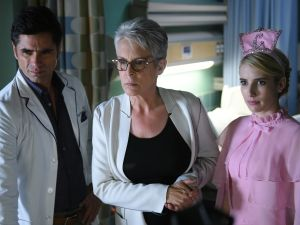 John Stamos, Jamie Lee Curtis and Emma Roberts in Scream Queens.