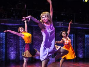 Sutton Foster in <i<Sweet Charity.