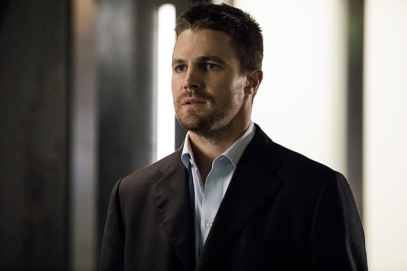 'Arrow' Midseason Finale Review: Canary Call