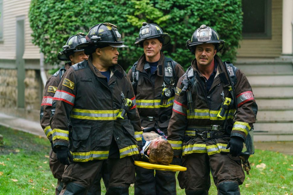 'Chicago Fire' Cast and Creatives Preview Series' 'Scandalous' 100th Episode