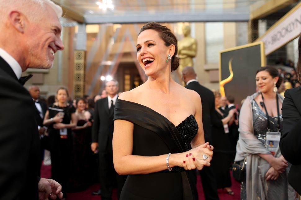 Jennifer Garner Had the Most Googled Oscar Dress of 2016