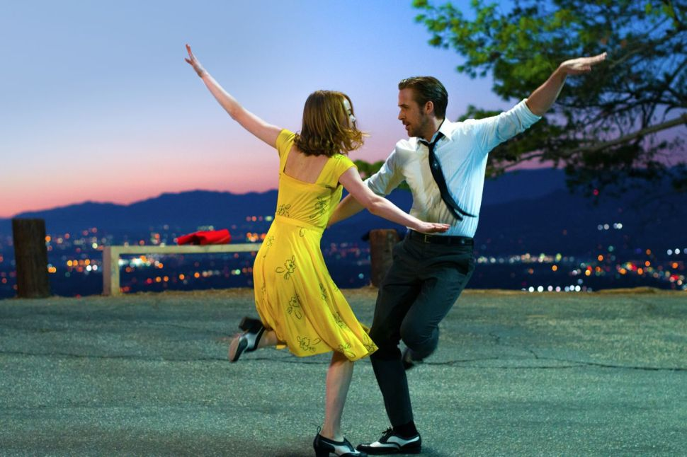 Good-Intentioned But Overrated, 'La La Land' Reeks of Mothballs
