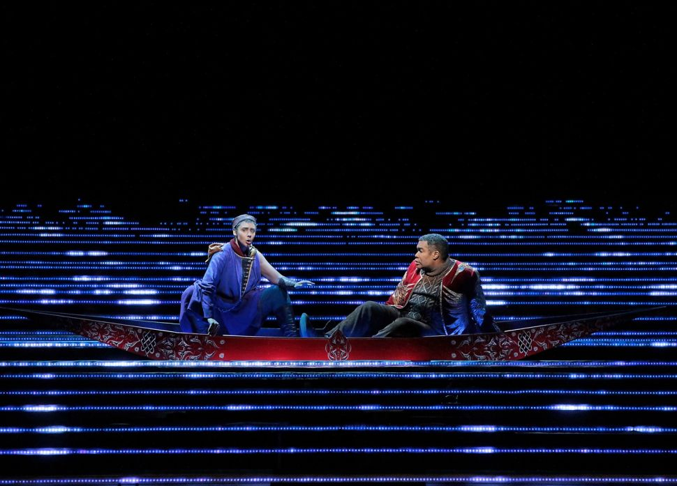 Lovers Separated by a Sea of Light in Met's Production of 'L'amour de Loin'