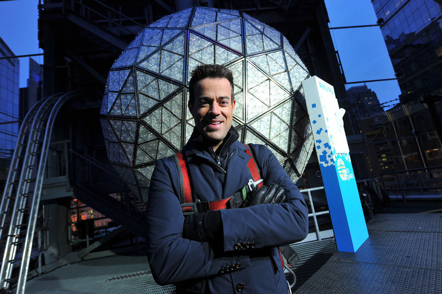Carson Daly on New Year's Eve, and 'Crossing the Finish Line Together'