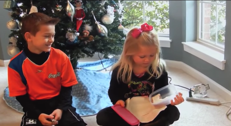 These 10 Stories of Terrible Last-Minute Gifts Are Truly Cringeworthy