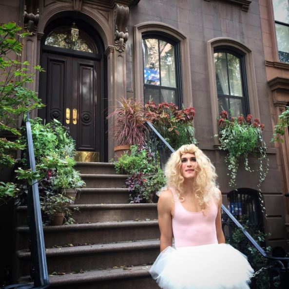 What It's Like Dressing Up as Carrie Dragshaw on Instagram