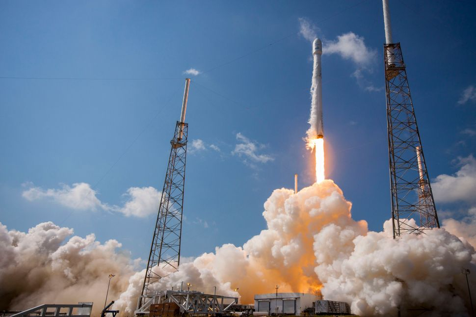Breaking: SpaceX to Attempt Launch Tomorrow Following Last Year's Disaster