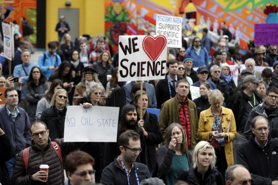 Scientists Are Planning Their Own March on Washington to Protest President Trump