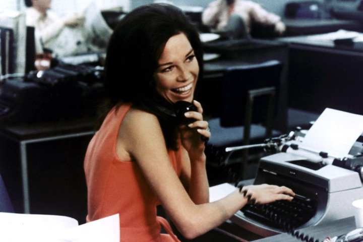 Comedy Icon Mary Tyler Moore Dies at 80