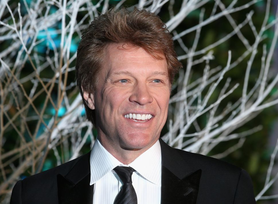 NJ Politics Digest: Bon Jovi and Murphy Feed Furloughed Feds