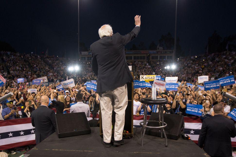 Bernie Believers Battle Establishment to Take Over California Democratic Party