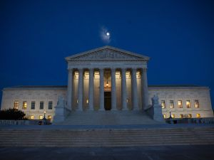 The US Supreme Court is pictured January 9, 2017 in Washington, DC. / AFP / ZACH GIBSON