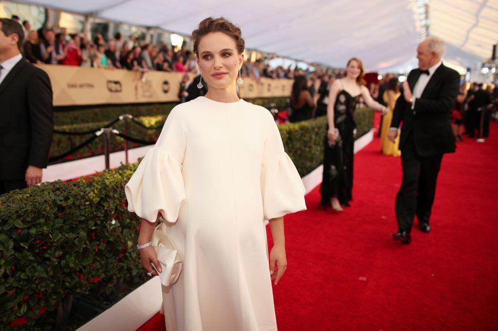 Natalie Portman Continues to Make the Muumuu Red Carpet Chic