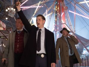 Sean Pertwee as Alfred Pennyworth, Ben McKenzie as Jim Gordon and Donal Logue as Harvey Bullock.