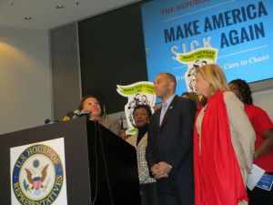 Congresswoman Nydia Velazquez, left, flanked by Congresswoman Yvette Clarke, Congressman Hakeem Jeffries and Congresswoman Carolyn Maloney.