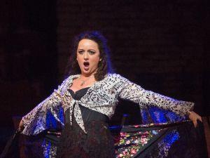 Clémentine Margaine puts on a show for Rafael Davila in 'Carmen'.