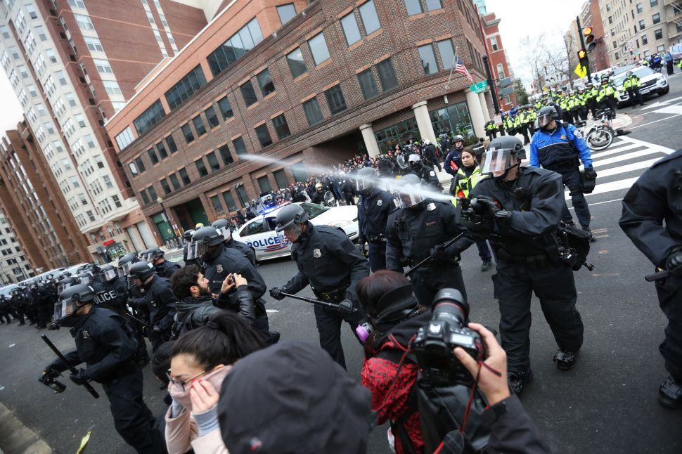 Police Use Force Against Peaceful Protesters in DC