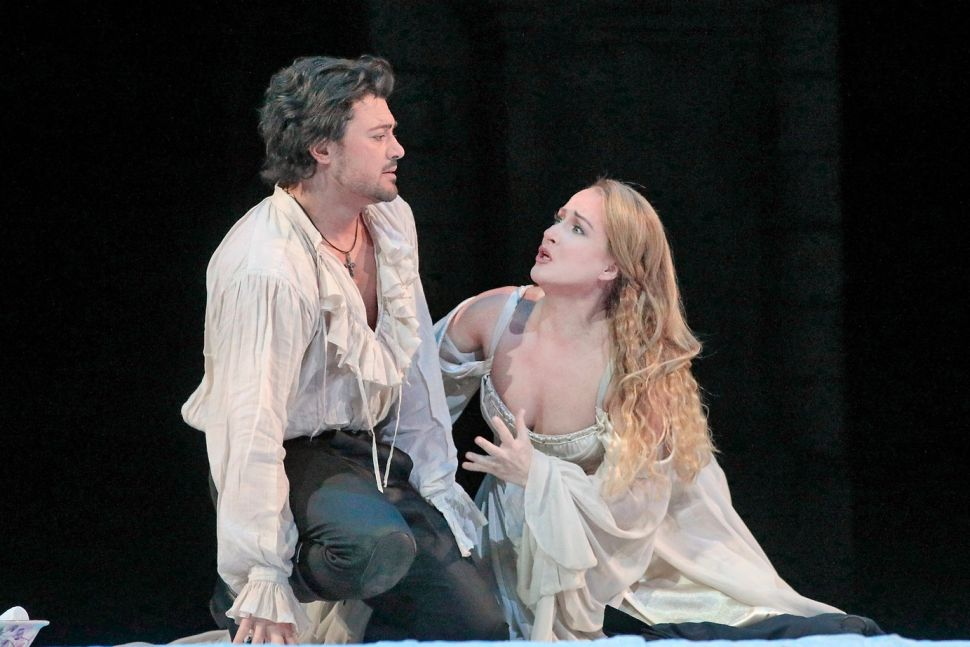 Star Quality Spices Up a Bland 'Roméo et Juliette' at the Met