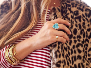 There are a million ways to show your love, especially when it comes to jewelry.