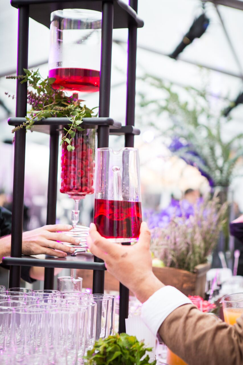 Helicopter Tours and Liquid Nitrogen Cocktails for Valentine's Dates