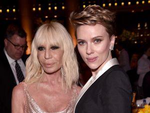 Donatella Versace, Scarlett Johansson.