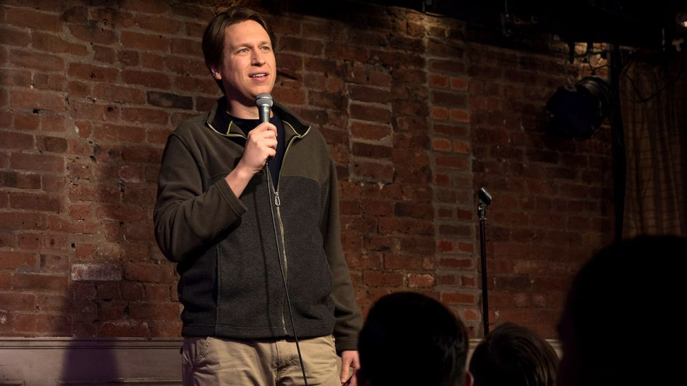 Pete Holmes Knows How Hard It Is to Buy a Gift for Celebrity Chef Rachael Ray
