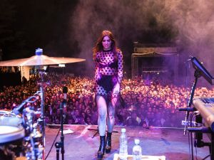 British-Kosovan singer Dua Lipa performs on stage during her first concert held in her hometown Pristina, at the Germia National Park, on August 9, 2016, gathering more than twenty thousands people. Dua was born in London on 22 August 1995 to ethnic Albanian parents from Kosovo who had left Pristina in the 1990s. / AFP / ARMEND NIMANI (Photo credit should read ARMEND NIMANI/AFP/Getty Images)